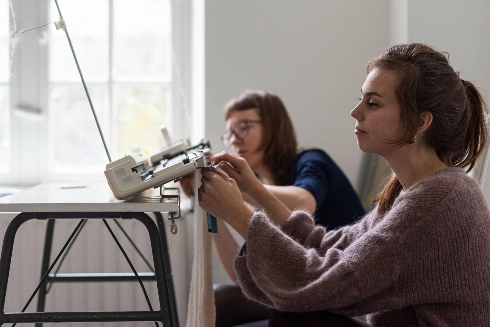 Lotte Van Huyck - Bridal Knitwear - Sjaals - Bridal workshop - Vrijgezellen activiteit - House of Weddings - 21