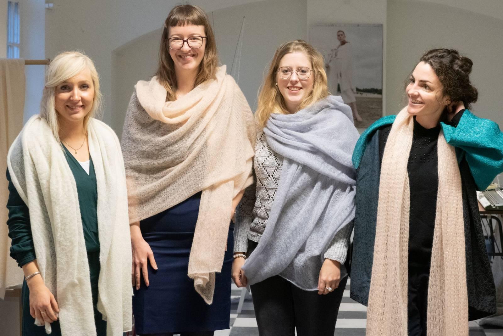 Lotte Van Huyck - Bridal Knitwear - Sjaals - Bridal workshop - Vrijgezellen activiteit - House of Weddings - 32