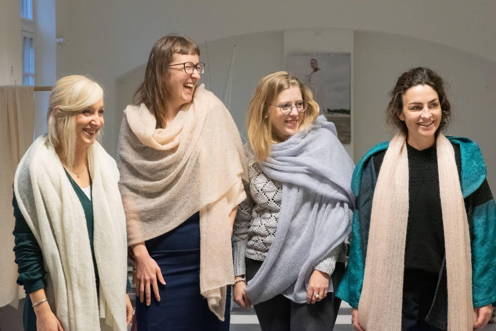 Lotte Van Huyck - Bridal Knitwear - Sjaals - Bridal workshop - Vrijgezellen activiteit - House of Weddings - 33