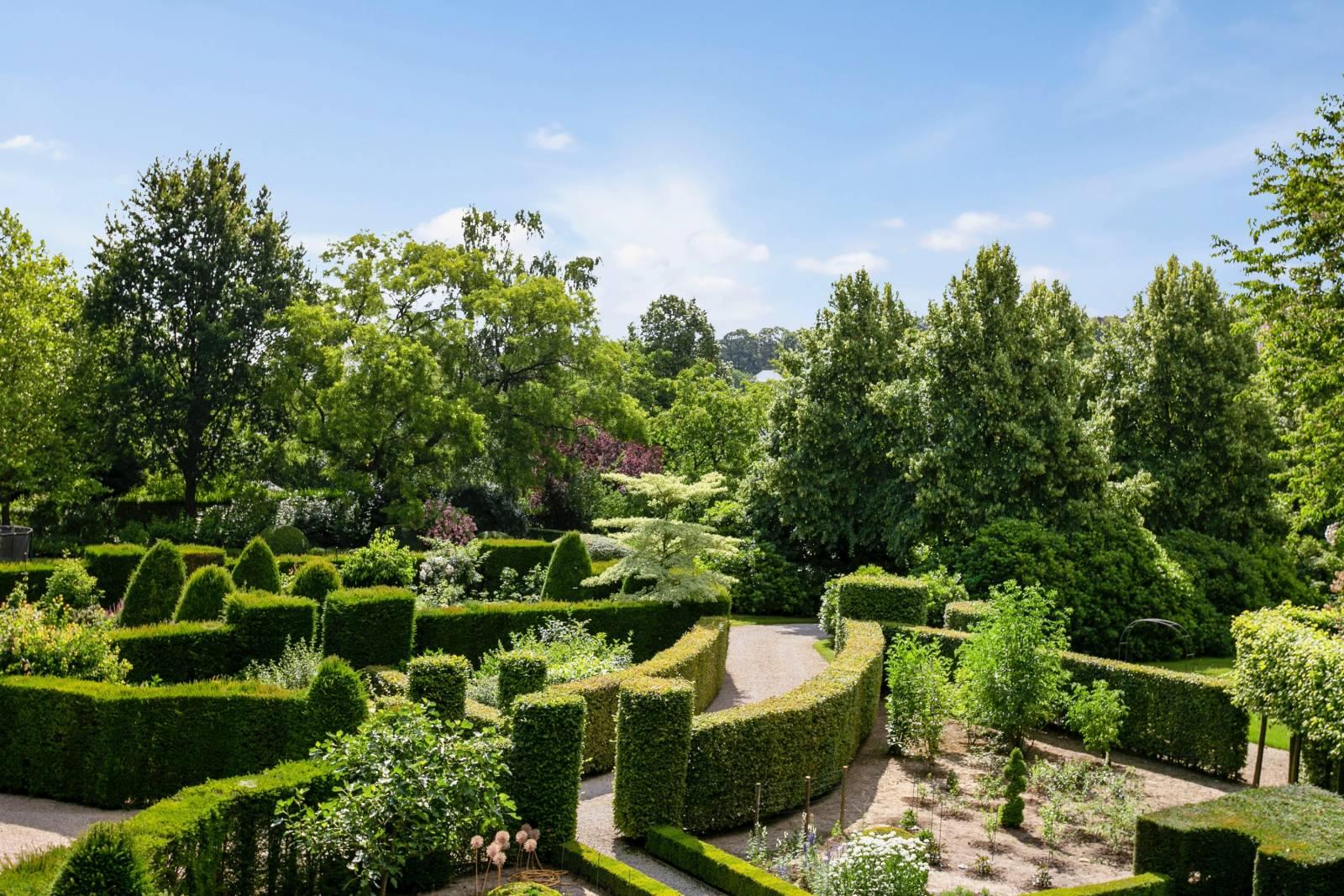 Louise Marie Manor Gardens - Feestzaal - House Of Weddings - 33