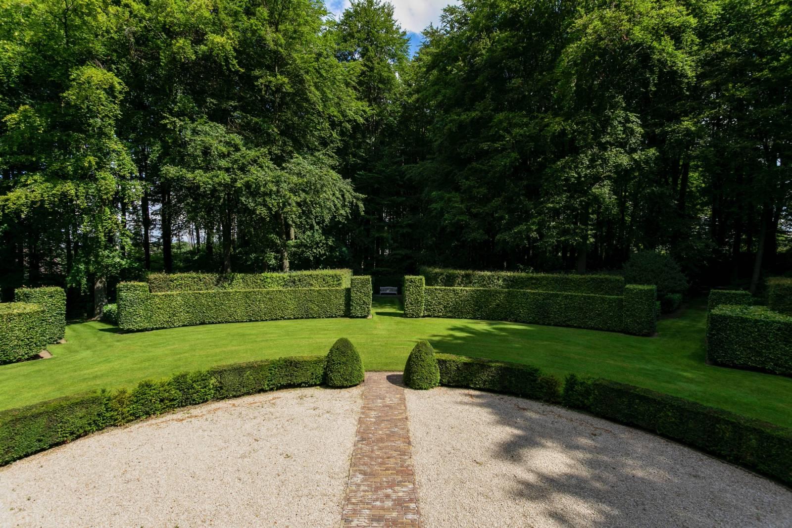 Louise Marie Manor Gardens - Feestzaal - House Of Weddings - 35