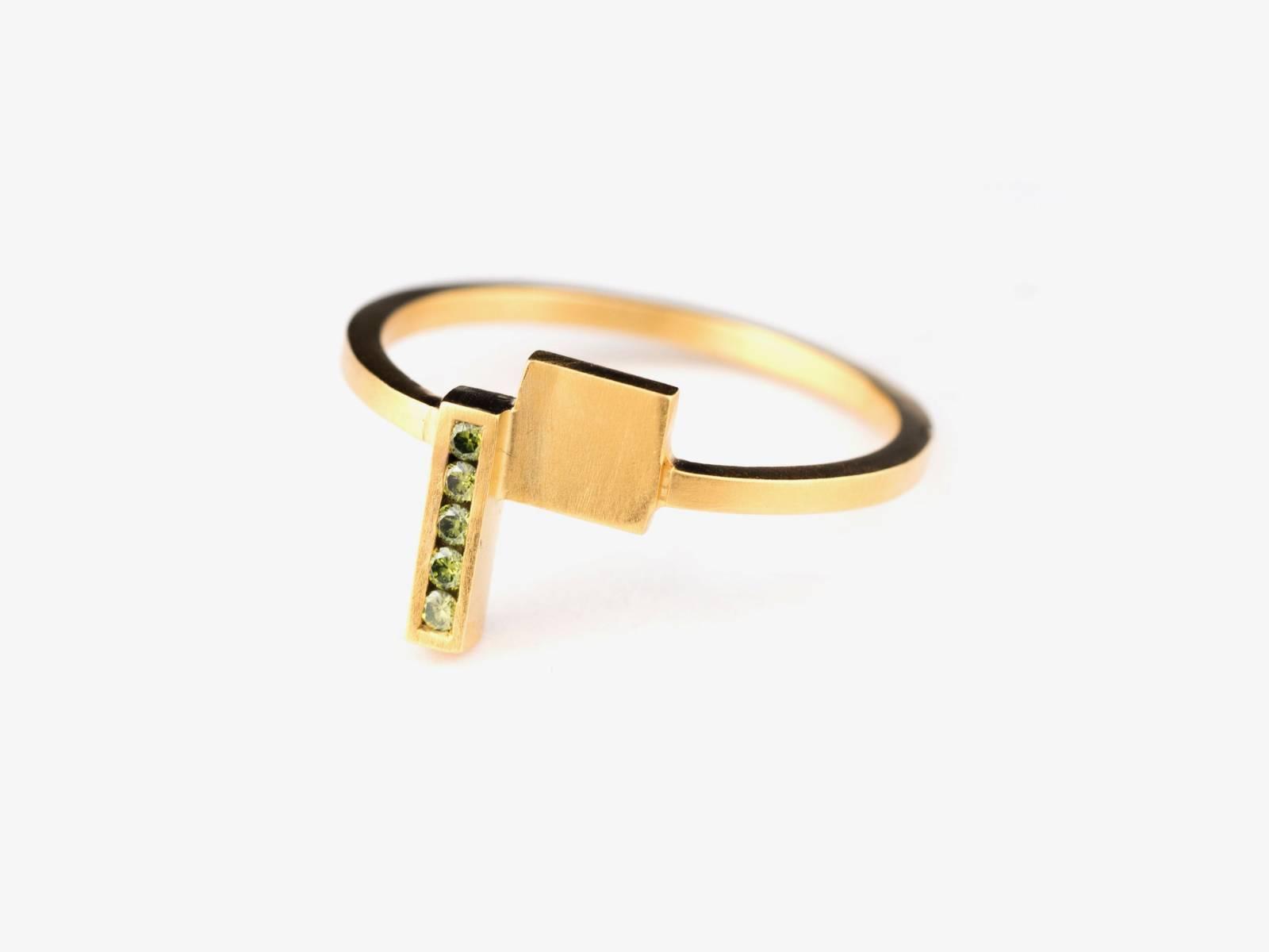 LUX_yugen ring 18K au- olive diamant