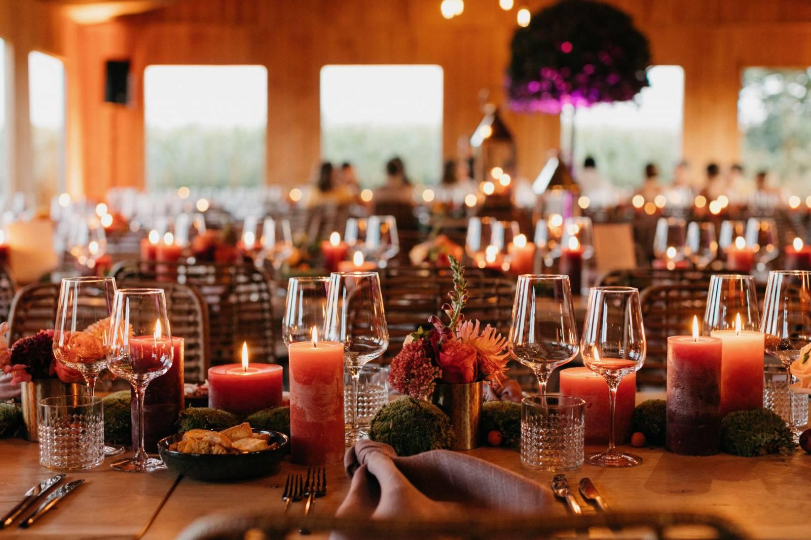 Maison Julie - Bruidsboeket - Bloemen huwelijk trouw bruiloft - Ciska & Jimte - Fotograaf Mathias Hannes - House of Weddings - 23