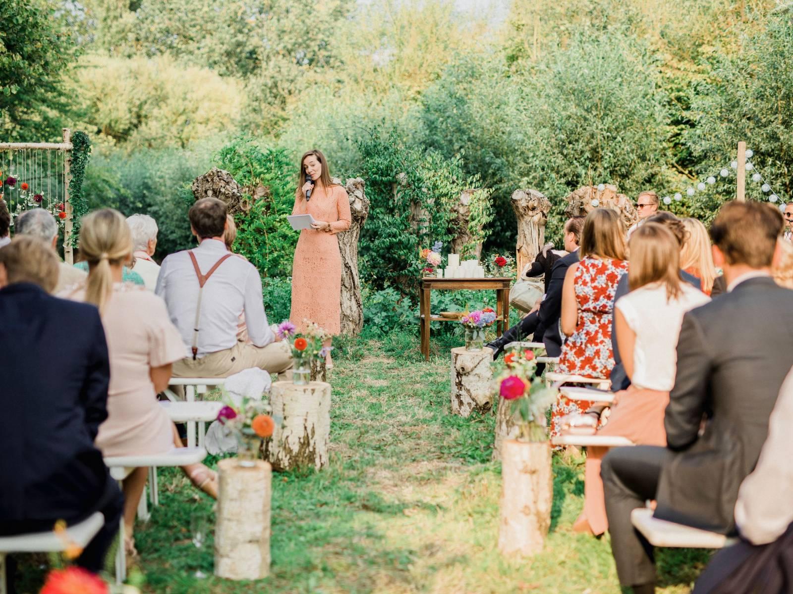 Merveil - Ceremoniespreker - Fine Art Wedding Photographer Elisabeth Van Lent - Antwerpen Bruiloft - House of Weddings - 15