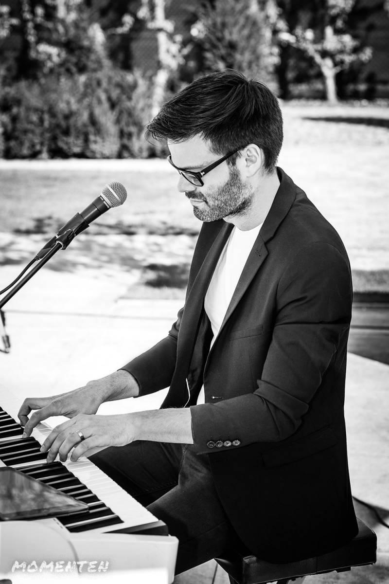 Momenten - Live muziek op je huwelijk - Zanger en pianist Andy Sergeant - House of Weddings - 11