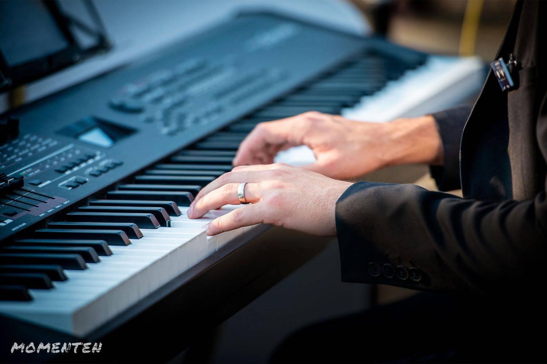 Momenten - Live muziek op je huwelijk - Zanger en pianist Andy Sergeant - House of Weddings - 5