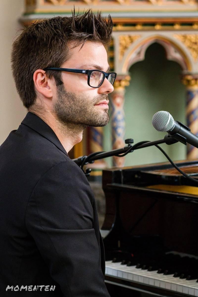 Momenten - Live muziek op je huwelijk - Zanger en pianist Andy Sergeant - House of Weddings - 7
