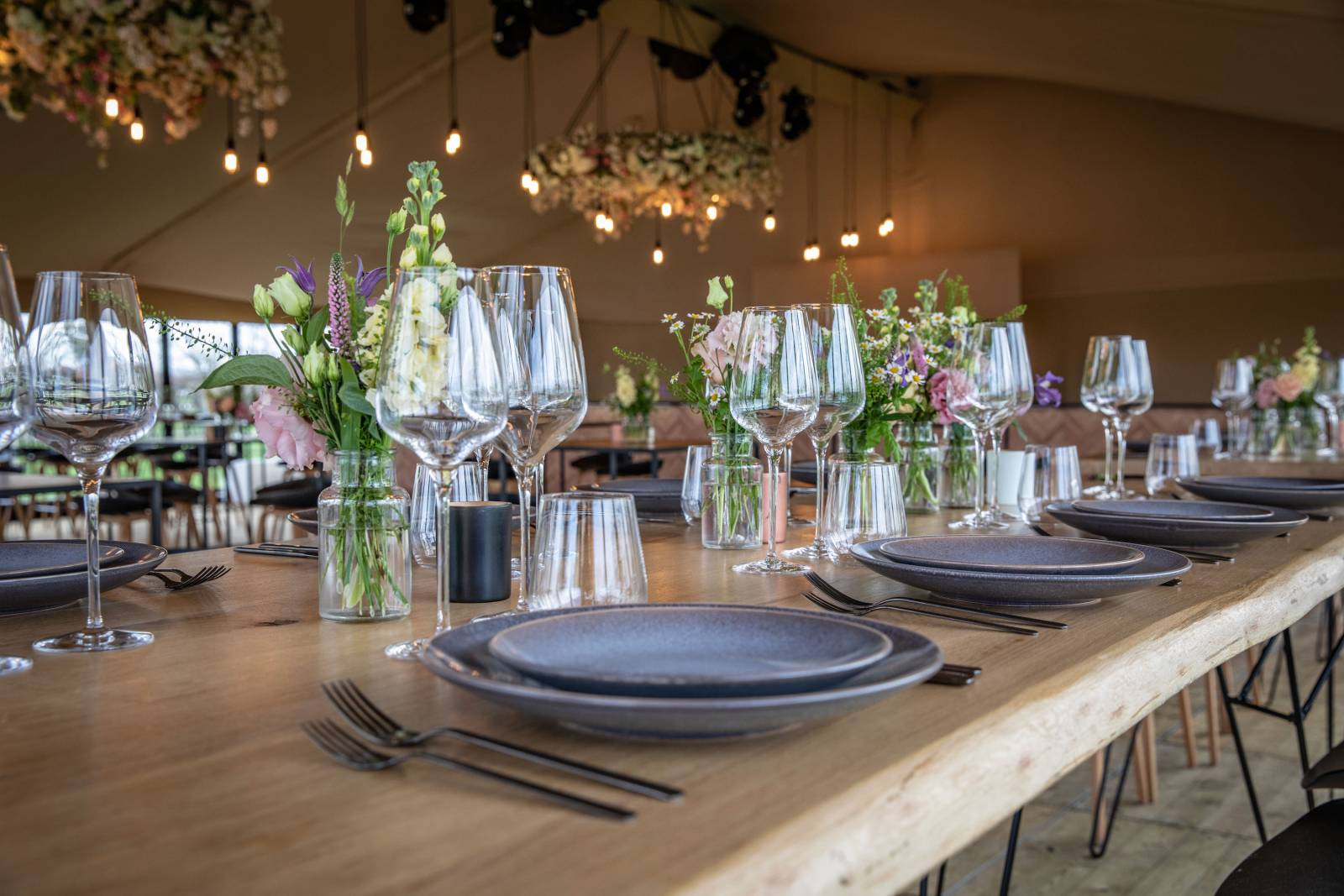 Nima Rent - Trouwdecoratie - House of Weddings - 14