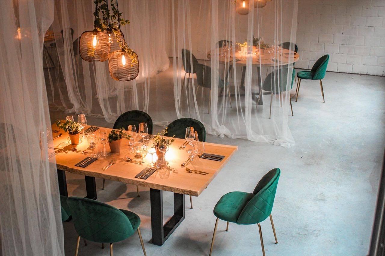 Oak tafel poot zwart - verona groen - Carte Blanche & A point (7)
