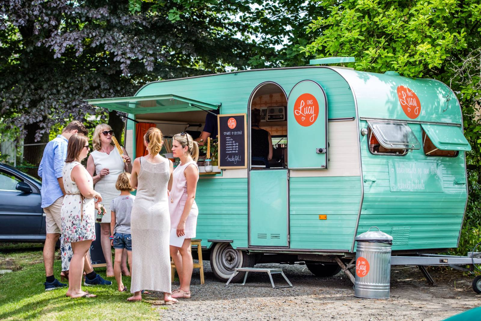 Ons Lucy - foodtruck (omslag) - House of Weddings - 1