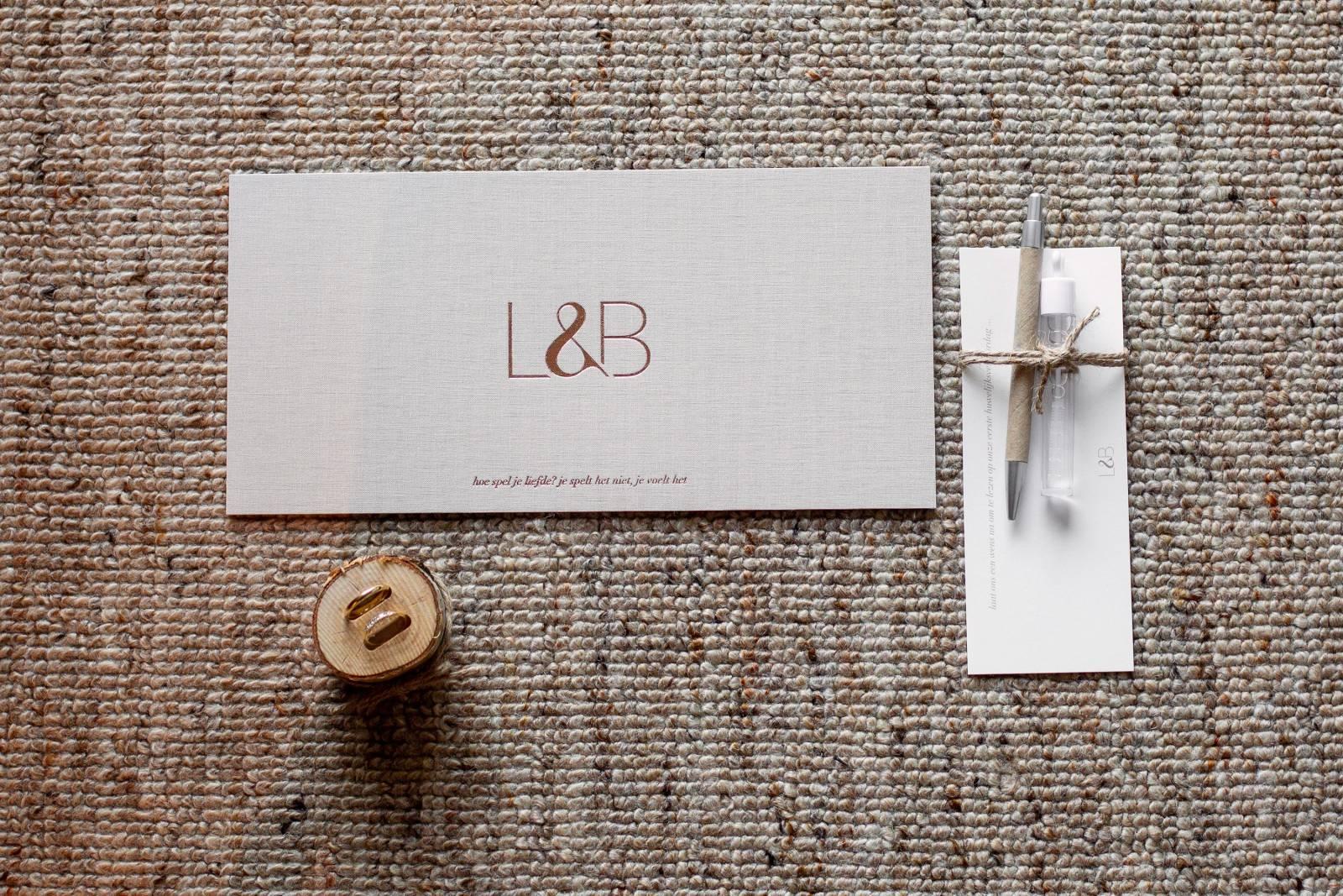 Scarabar - Trouwuitnodiging - Huwelijksuitnodiging - Drukwerk - Huwelijk - Trouw - Bruiloft - House of Weddings - 11