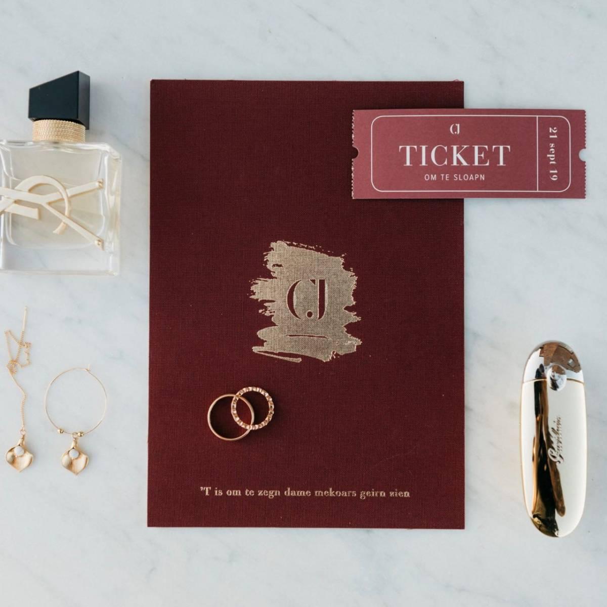 Scarabar - Trouwuitnodiging - Huwelijksuitnodiging - Drukwerk - Huwelijk - Trouw - Bruiloft - House of Weddings - 32