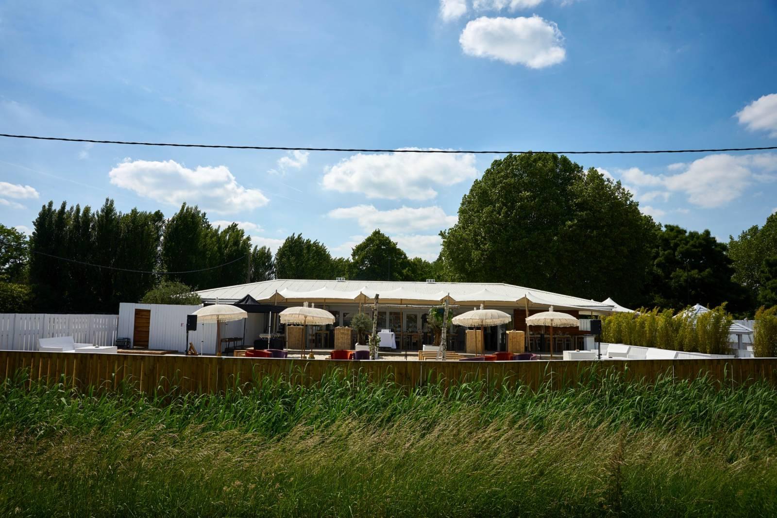 Strantwerpen - Feestzaal - Trouwzaal - Trouwen op het Strand - House of Weddings - 15