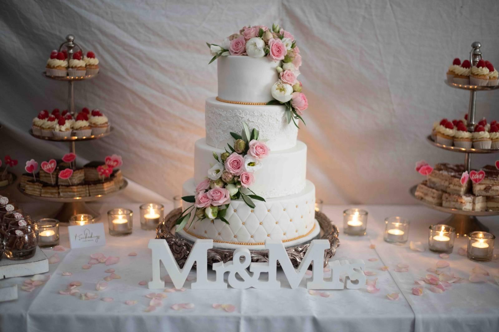 t Suikerhuys - Huwelijkstaart - Bruidstaart - House of Weddings - 10