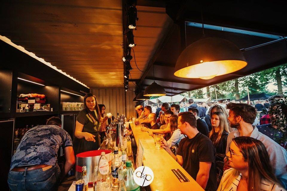 The Box Popup Bar | House of Weddings - 52