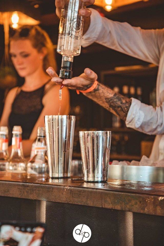 The Box Popup Bar | House of Weddings - 60