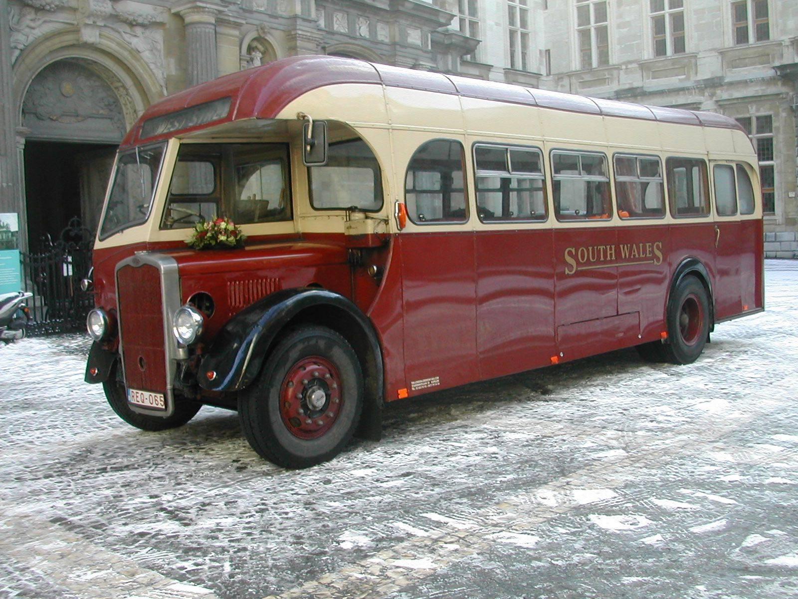 The London Ceremony Bus - Trouwvervoer - Ceremonievervoer - Bus - House of Weddings - 16