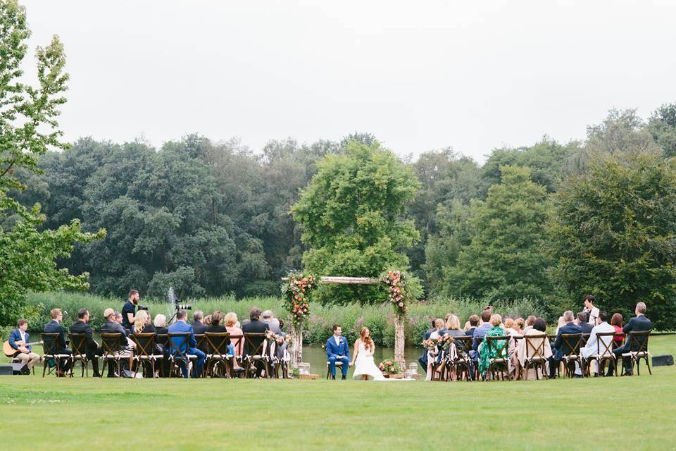 Tine De Donder - Huwelijksceremonie - Ceremoniespreker - huibvintgesphotography - House of Weddings 25