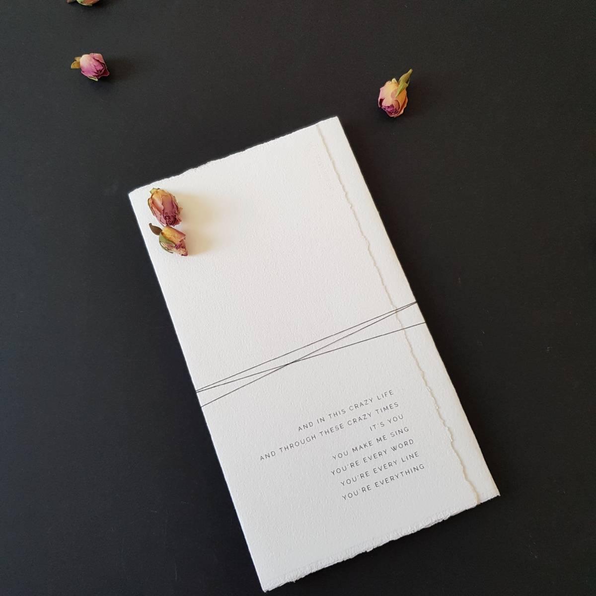 Touch of Gold - Trouwuitnodiging - Huwelijksuitnodiging - Kalligrafie - House of Weddings - 11
