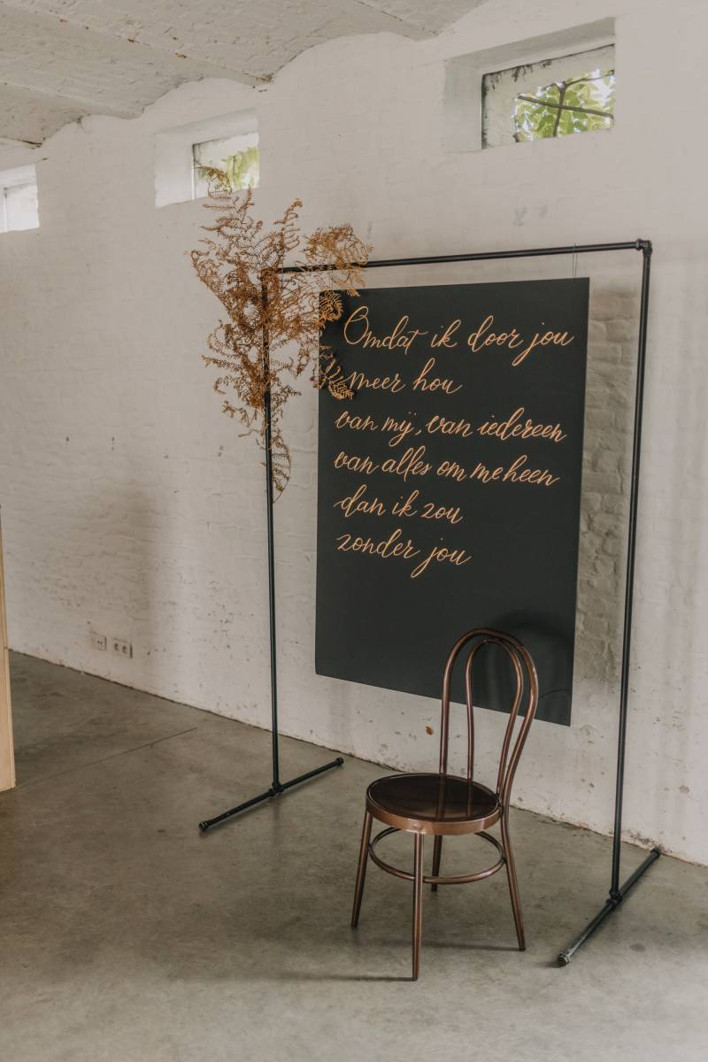 Touch of Gold - Trouwuitnodiging - Huwelijksuitnodiging - Kalligrafie - House of Weddings - 3