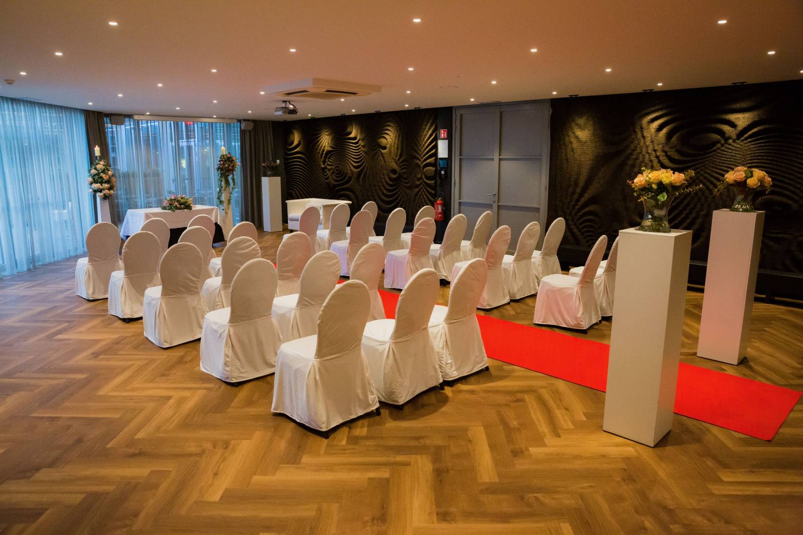 Van der Valk hotel Beveren - Feestzaal - Trouwzaal - House of Weddings - 21