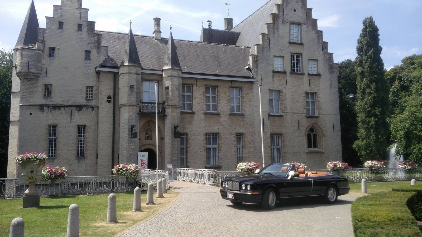 Van Noten Ceremonies - Trouwvervoer - Bentley Azure Cabrio - House of Weddings - 10