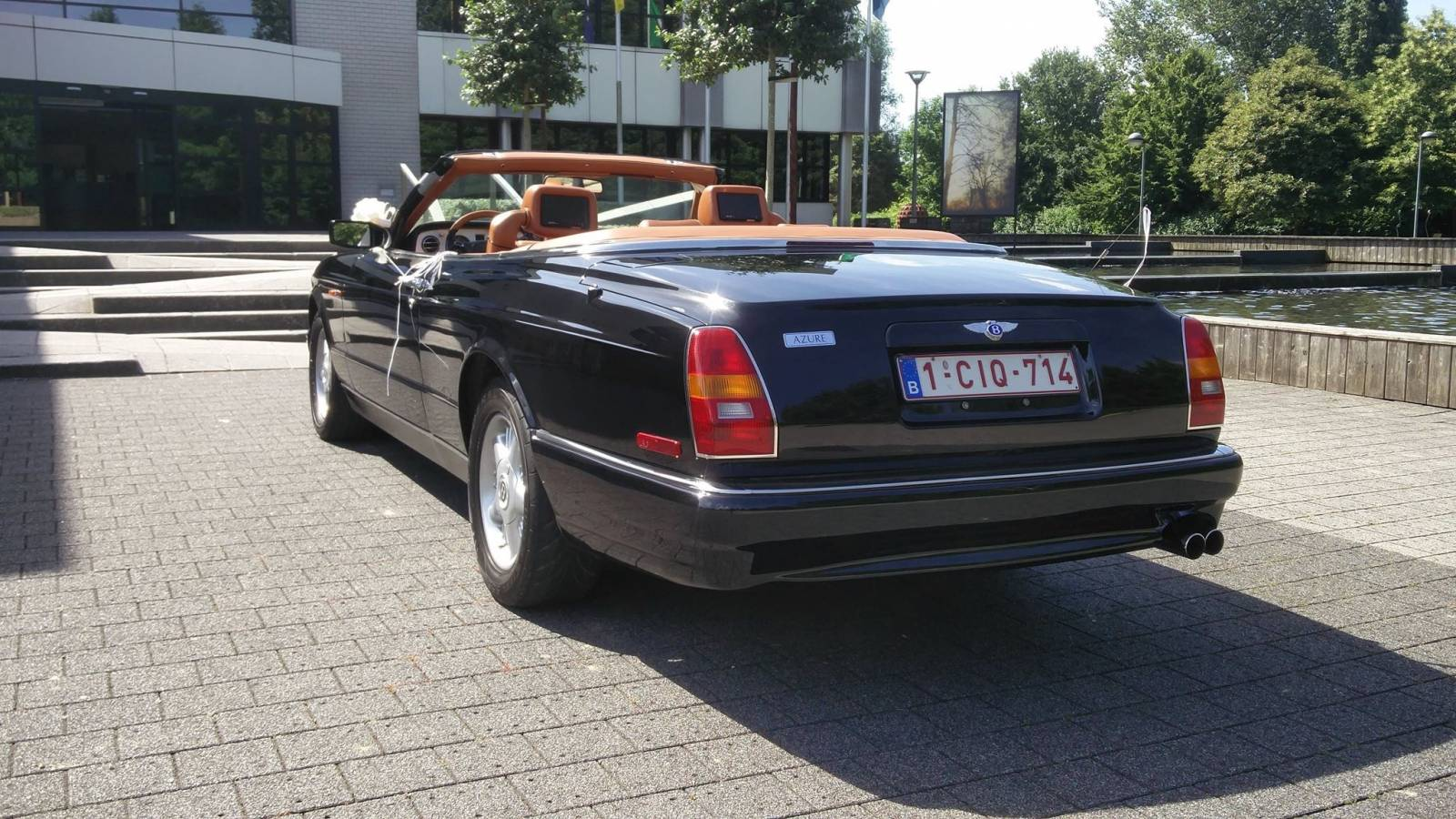 Van Noten Ceremonies - Trouwvervoer - Bentley Azure Cabrio - House of Weddings - 12