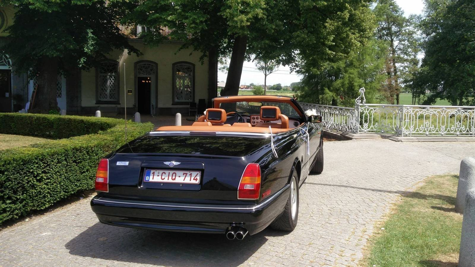 Van Noten Ceremonies - Trouwvervoer - Bentley Azure Cabrio - House of Weddings - 4