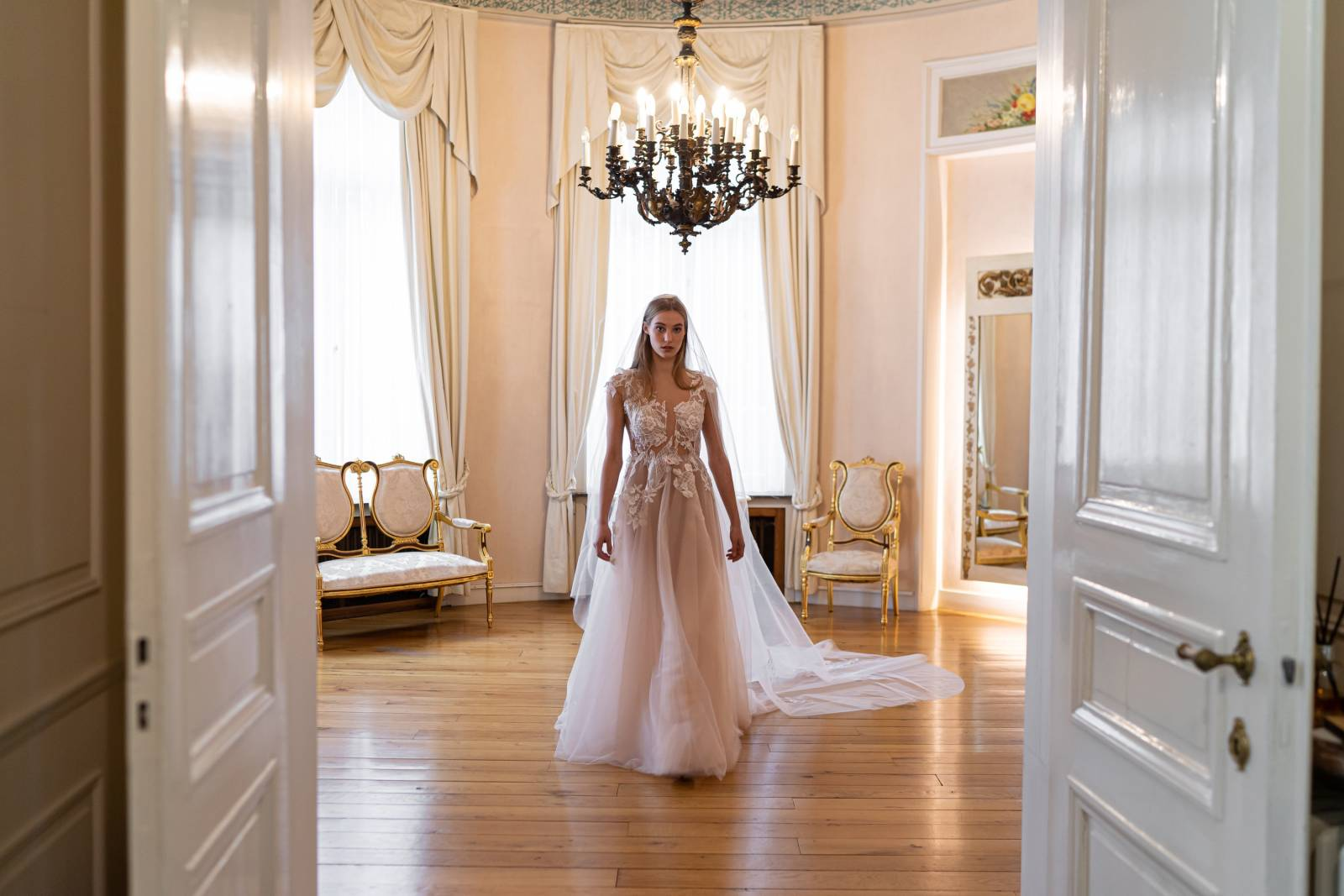 Veerle Praet Couture - Trouwjurken - Bruidsjurken - Trouwkleed - Suitekledij - House of Weddings - 5