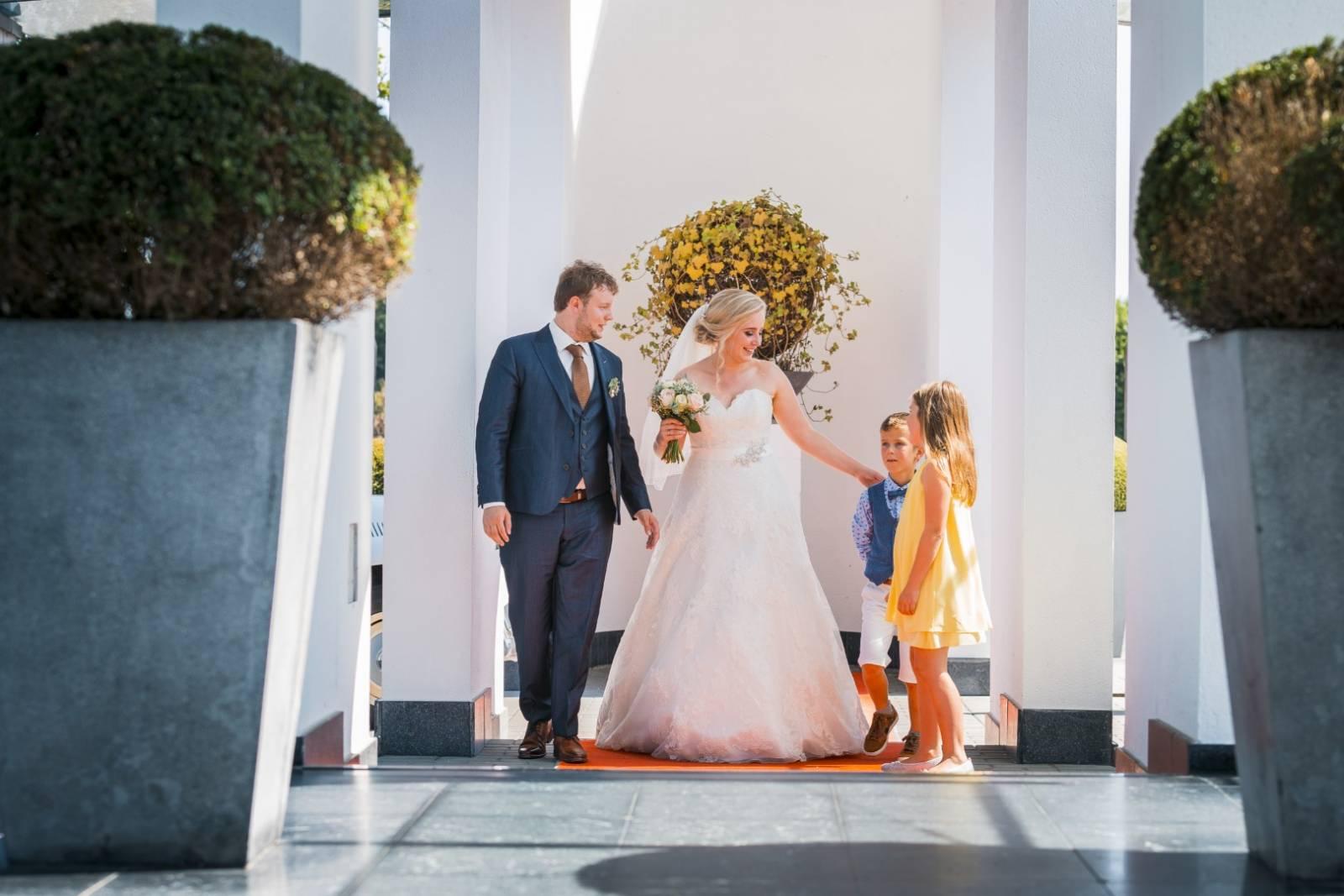 vijverhof feestzaal huwelijk trouwfeest house of weddings (7)