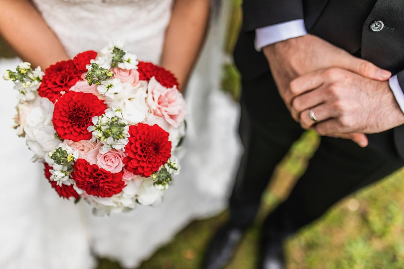 VIVA Blooming - 136-kleur-Bert-Ying-0563-min - House of Weddings