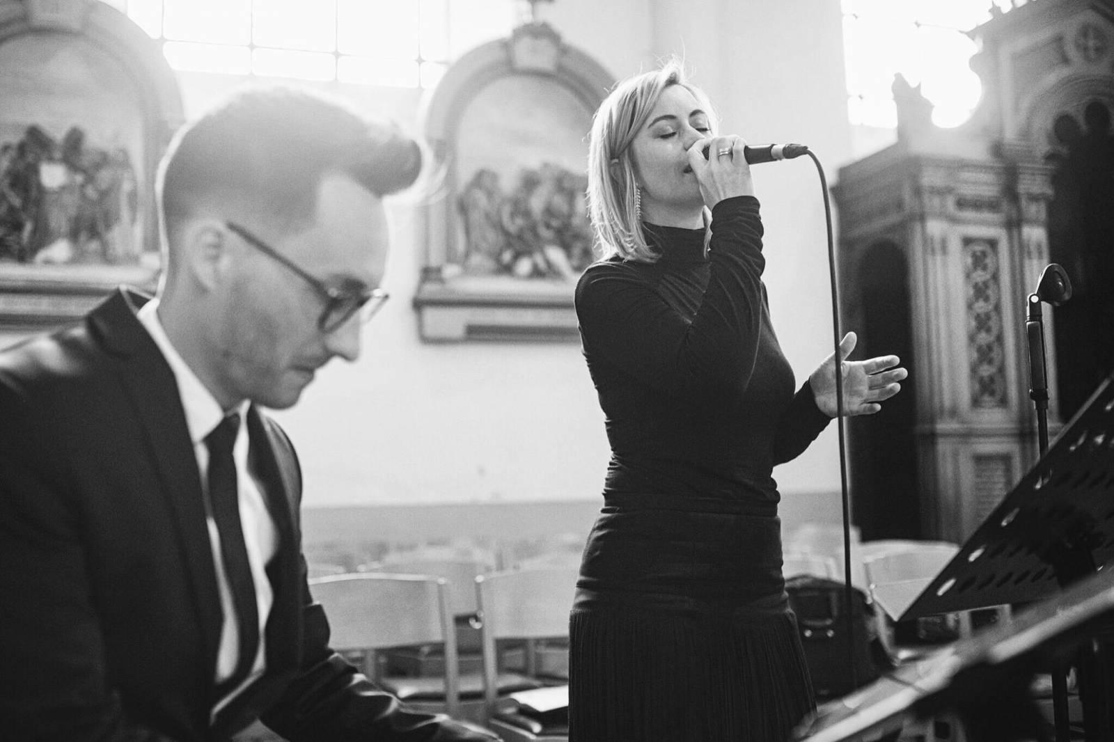 Zina - Ceremoniemuziek - Live muziek - Zangeres - Huwelijk - Trouw - Bruiloft - House of Weddings - 1