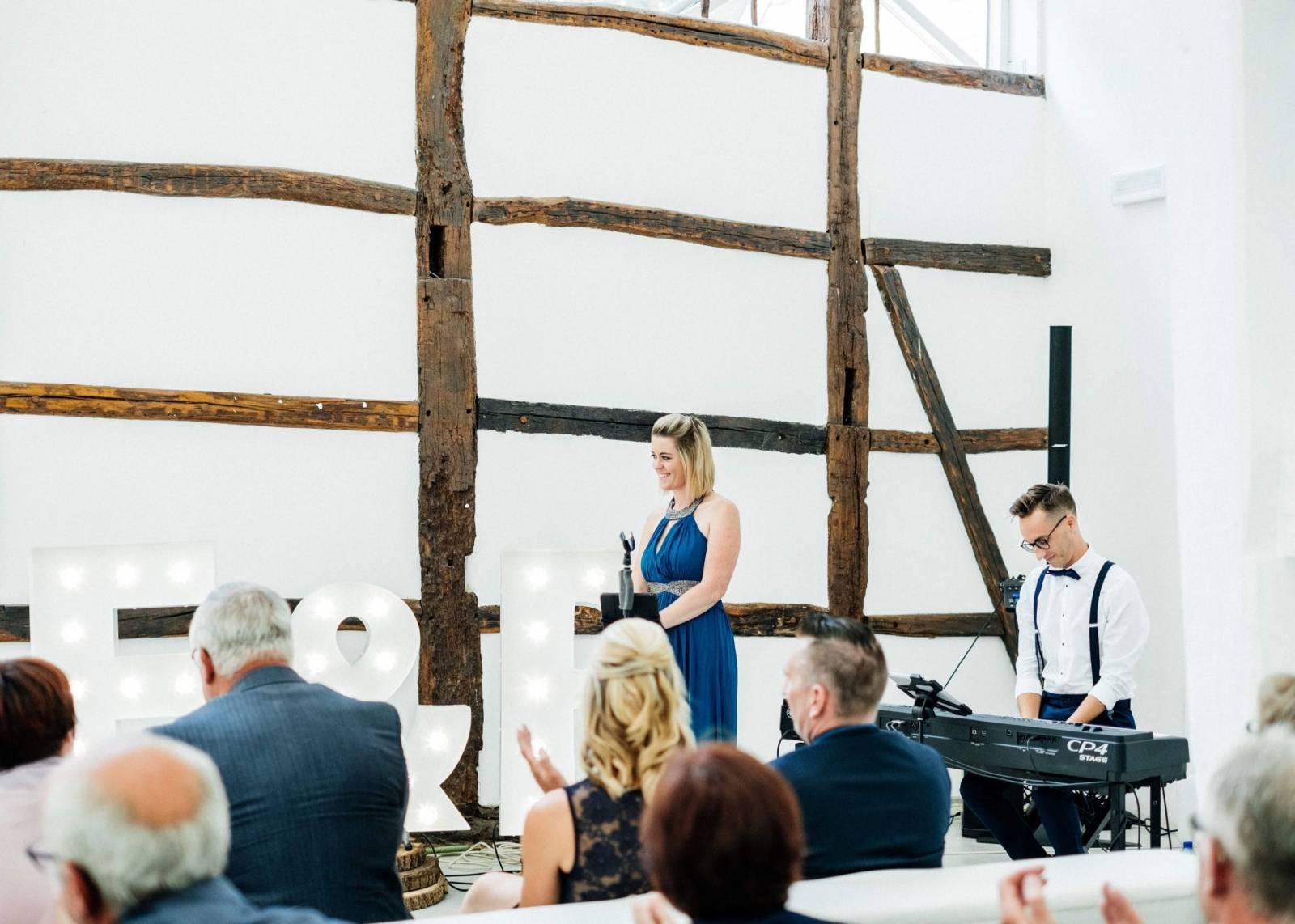 Zina - Ceremoniemuziek - Live muziek - Zangeres - Huwelijk - Trouw - Bruiloft - House of Weddings - 15