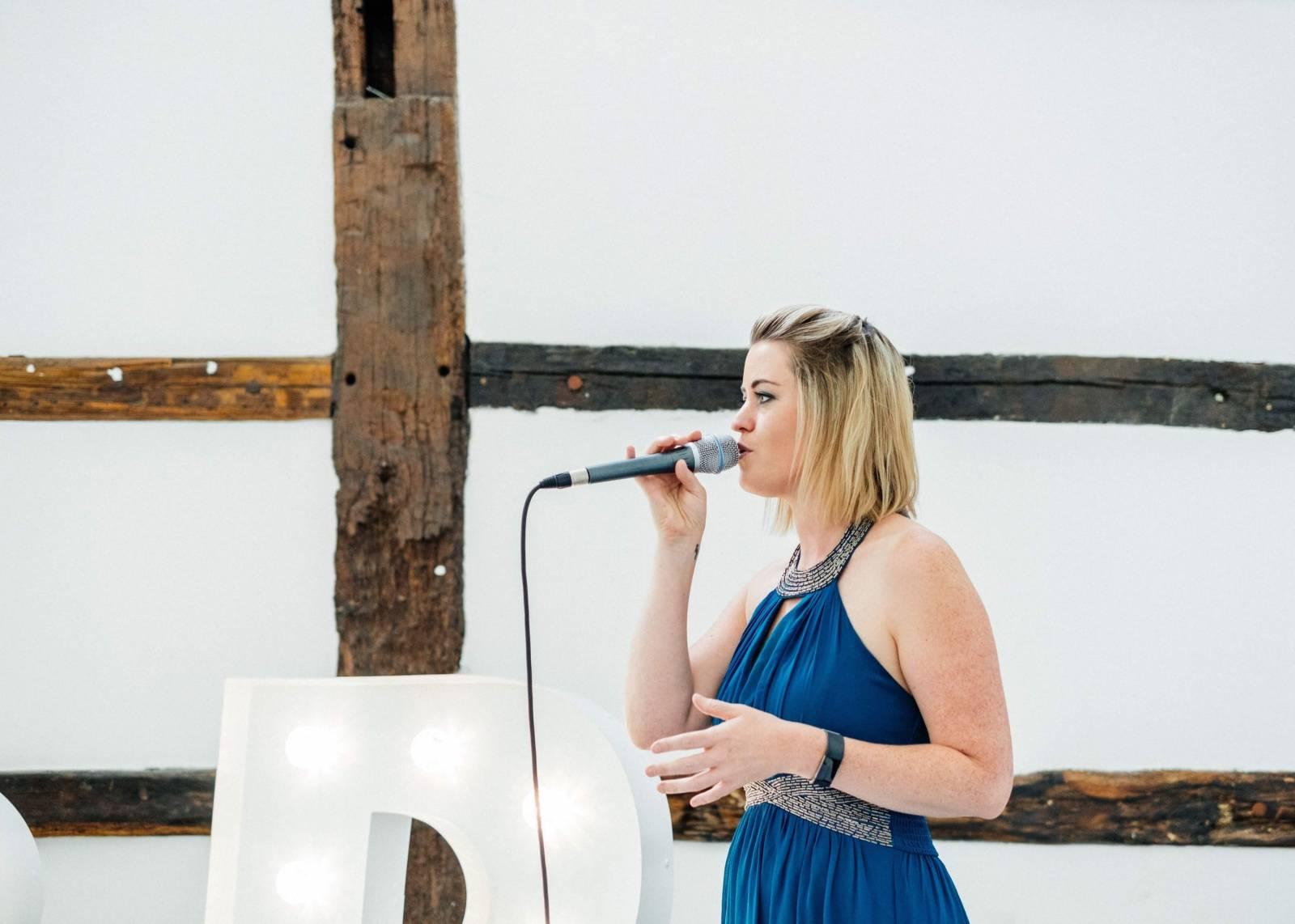 Zina - Ceremoniemuziek - Live muziek - Zangeres - Huwelijk - Trouw - Bruiloft - House of Weddings - 16