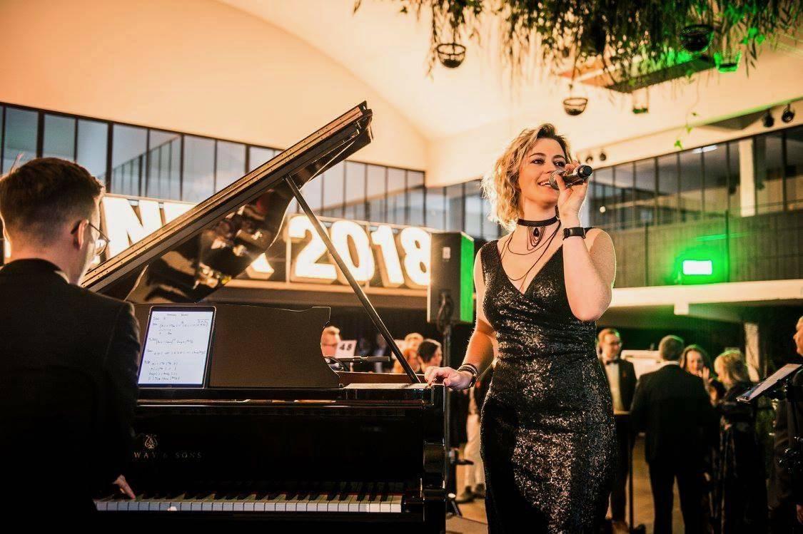 Zina - Ceremoniemuziek - Live muziek - Zangeres - Huwelijk - Trouw - Bruiloft - House of Weddings - 2