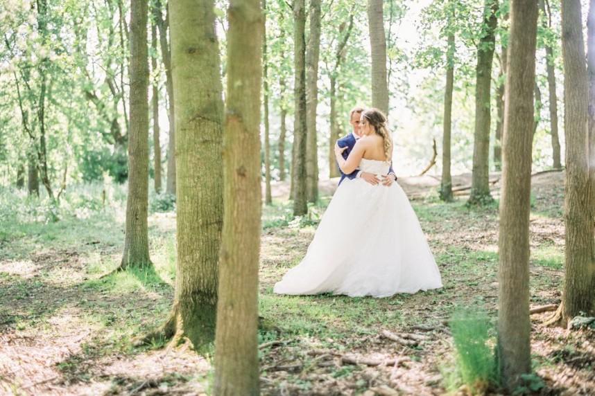 AlleGebeure-weddingplanner-weddingstylist-Realwedding-EmilyenLucas-ElisabethVanLent-KasteelvanHoen-HouseofWeddings22_0f7d3e1ae69181265821cdccde2fe29c