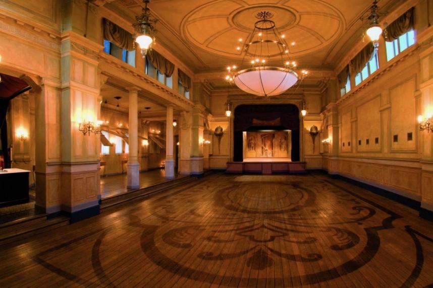 Palais de Plume